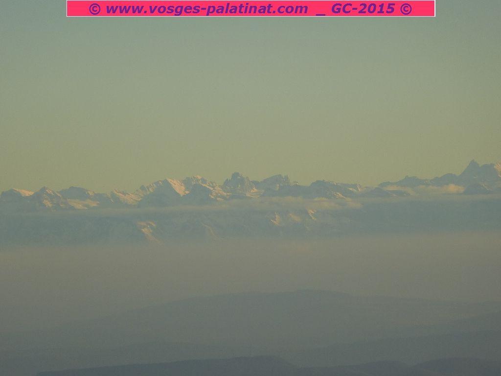 La zone alpine, entre le Tödi autrichien et le Säntis suisse ...