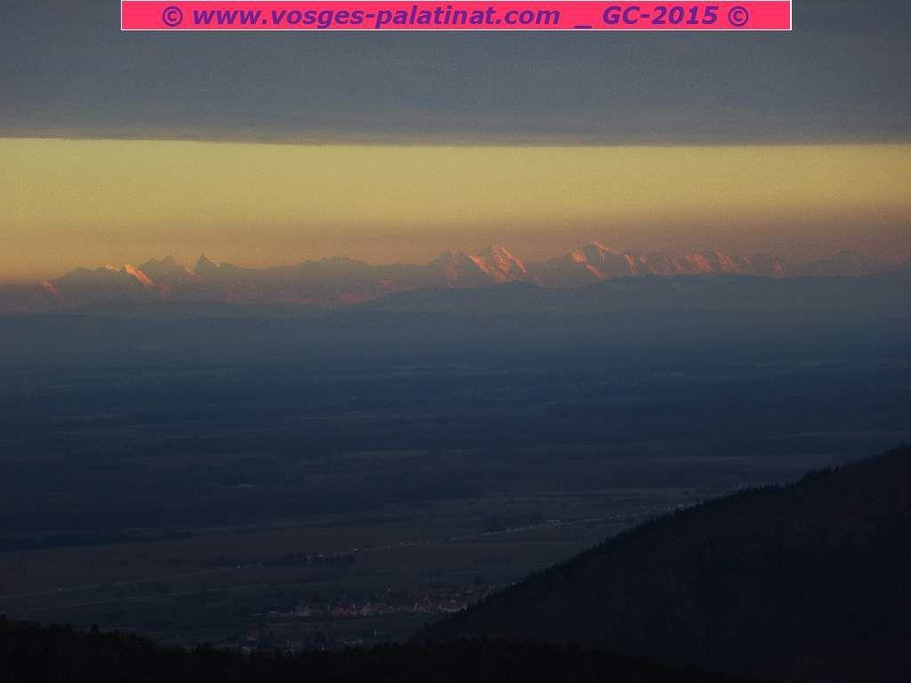 Les Alpes Bernoises, suisses, vues depuis le Falkenstein : un angle de vision rarissime !