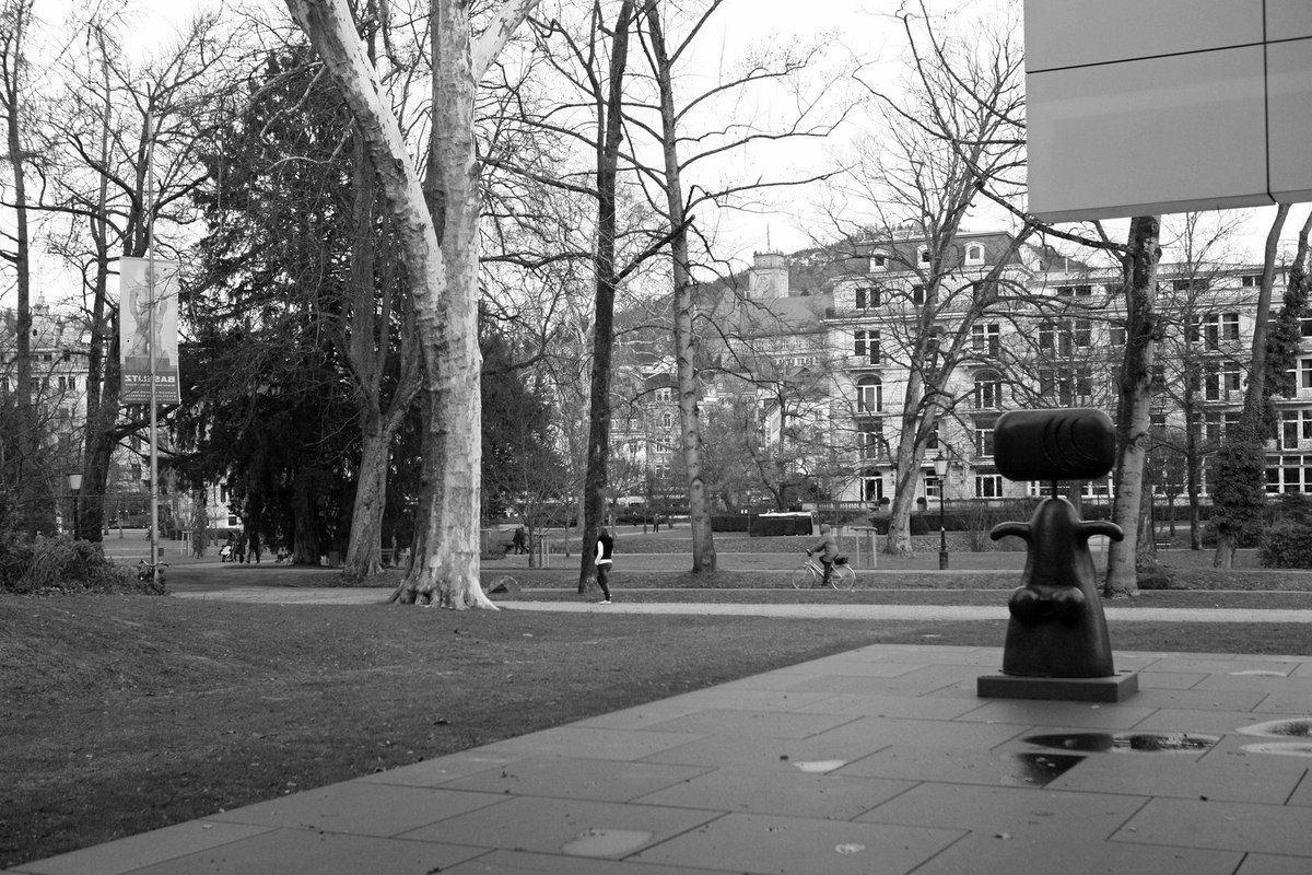 Sculpture de Max Ernst. Abords du Museum Frieder Burda