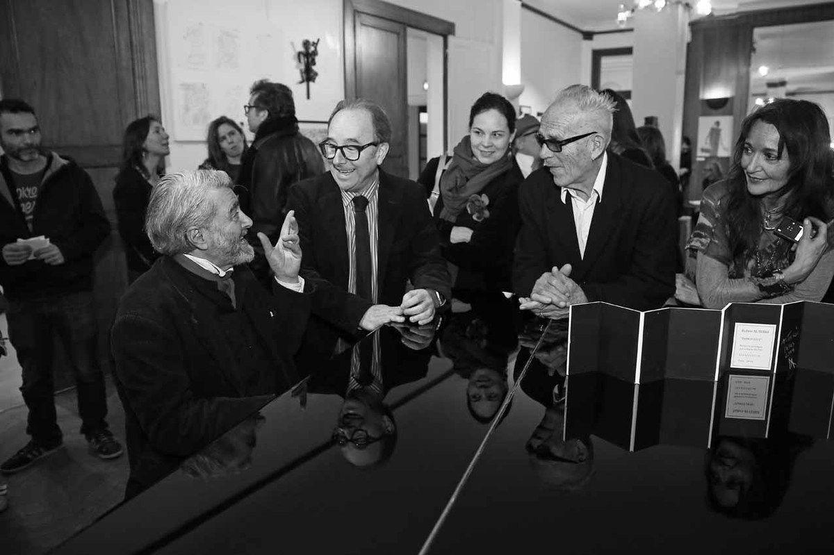 Inconnu, Juliette Schwartz, Ruben Alterio, Inconnue, Philippe de Boucaud, Marcelo Balsells, Elisa Anne, Roberto Plate, Agnès Malterre