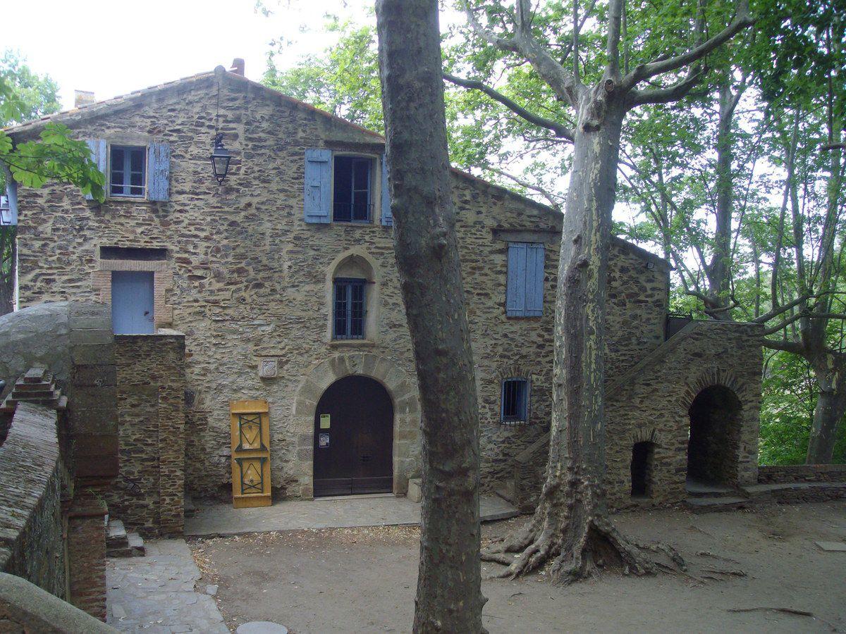 Agnès et Marcel à Consolation -hôtel, restaurant- photos J.P.Bonnel - Tableau d'Alain Vilacèque, peintre à Collioure