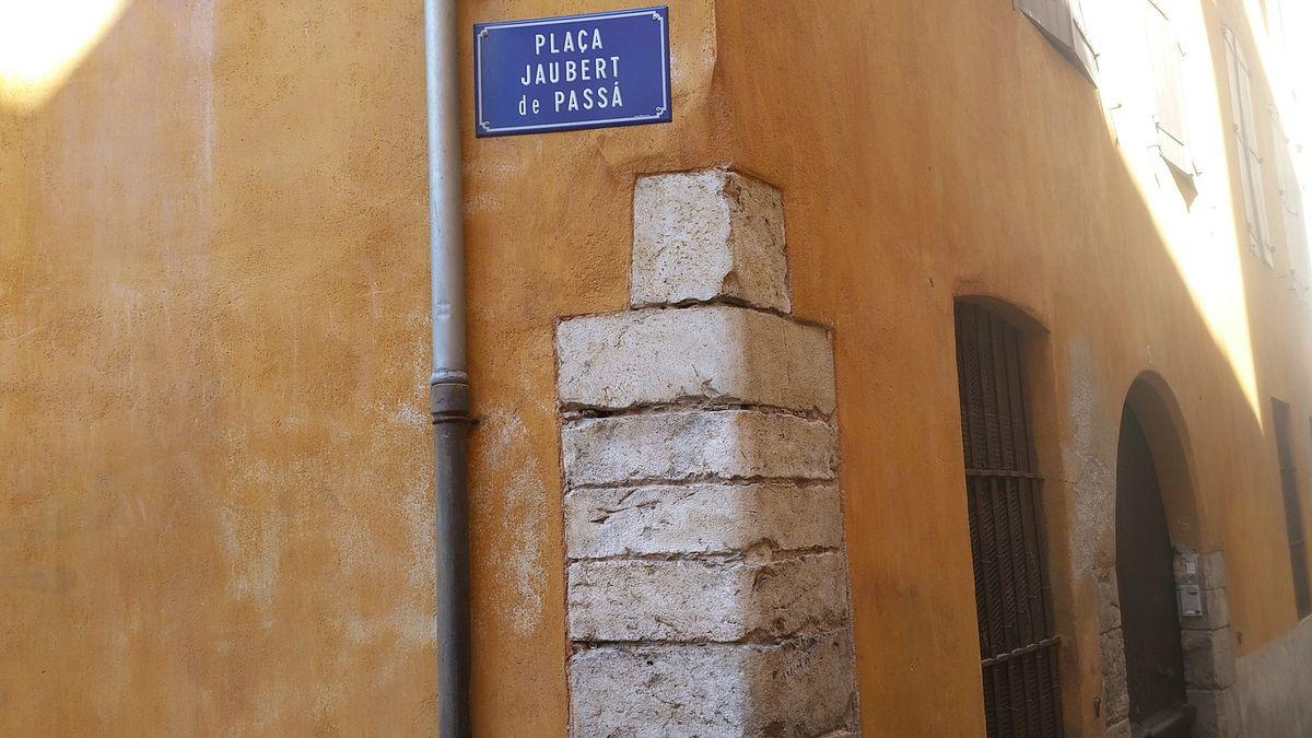 Alain Gélis - La casa De Fossa - F.Ortiz et G.Lagnel devant la maison De Fossa - Portrait du musicien F.de Fossa