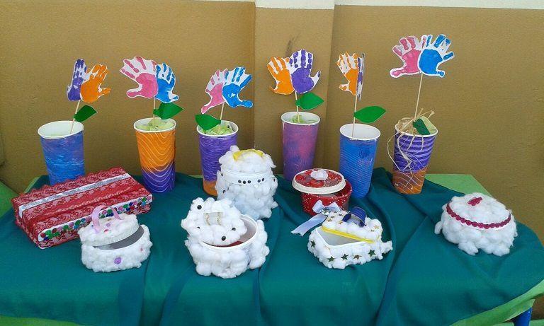 Recyclage dans la classe de 1ère année, avec la participation des GS (Grande Section de maternelle)