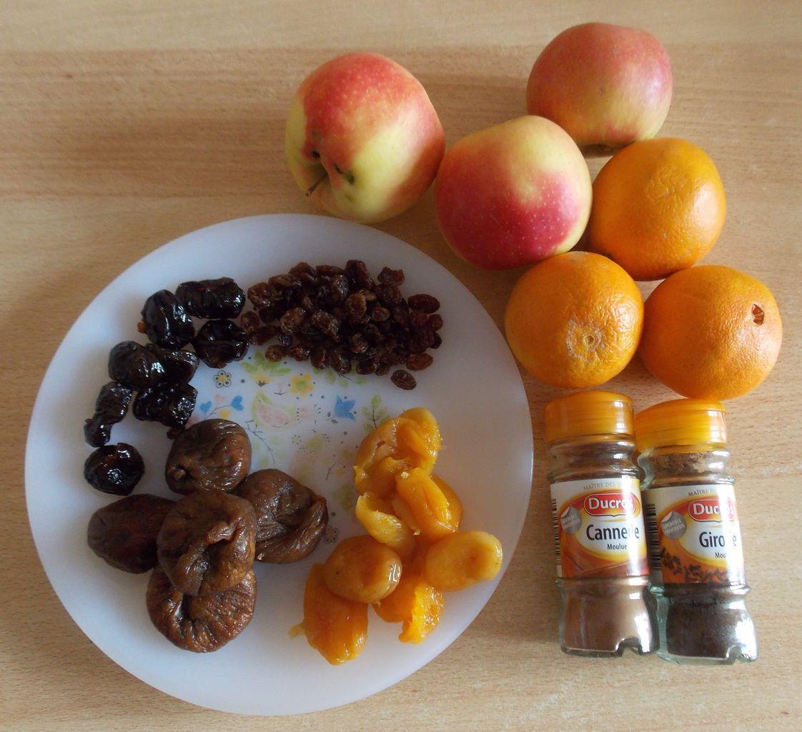 Compote de pommes aux fruits secs