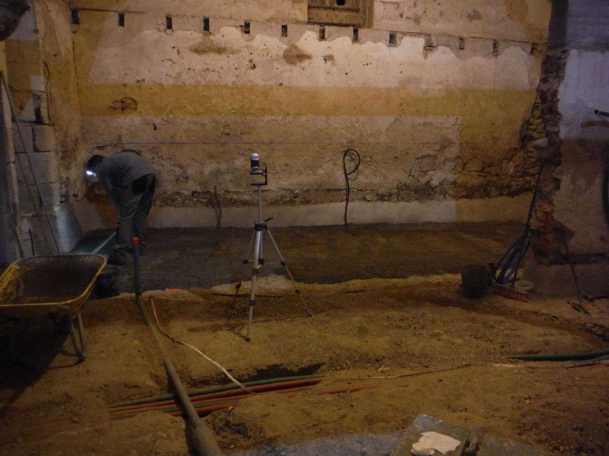 Cheap Gallery Of Mise En Place Des Vacuations Et With Renovation Electrique Maison  Ancienne With Tanchit Fondation Maison With Isolation Sol Maison Ancienne