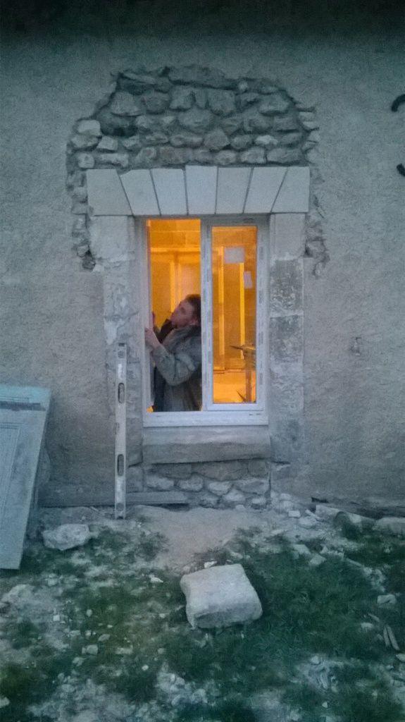 On pose quelques fenêtres!