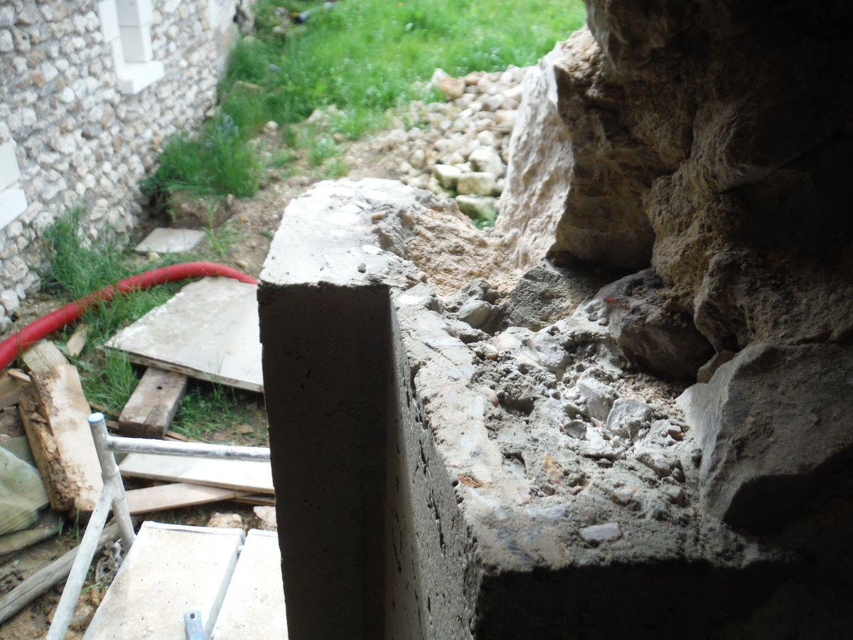 Divers travaux... (partie 4: la porte du cellier)