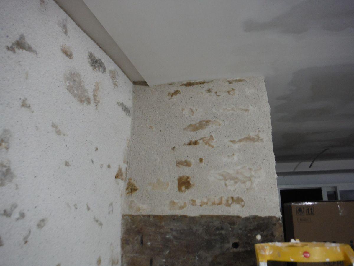 Rénover le mur noirci d'une cheminée!