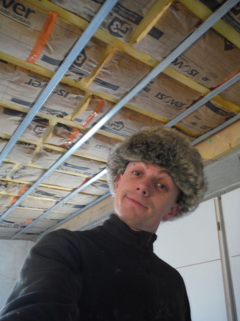 isolation du plafond de la derni re partie du rez de chauss e r nover soi m me une maison en. Black Bedroom Furniture Sets. Home Design Ideas