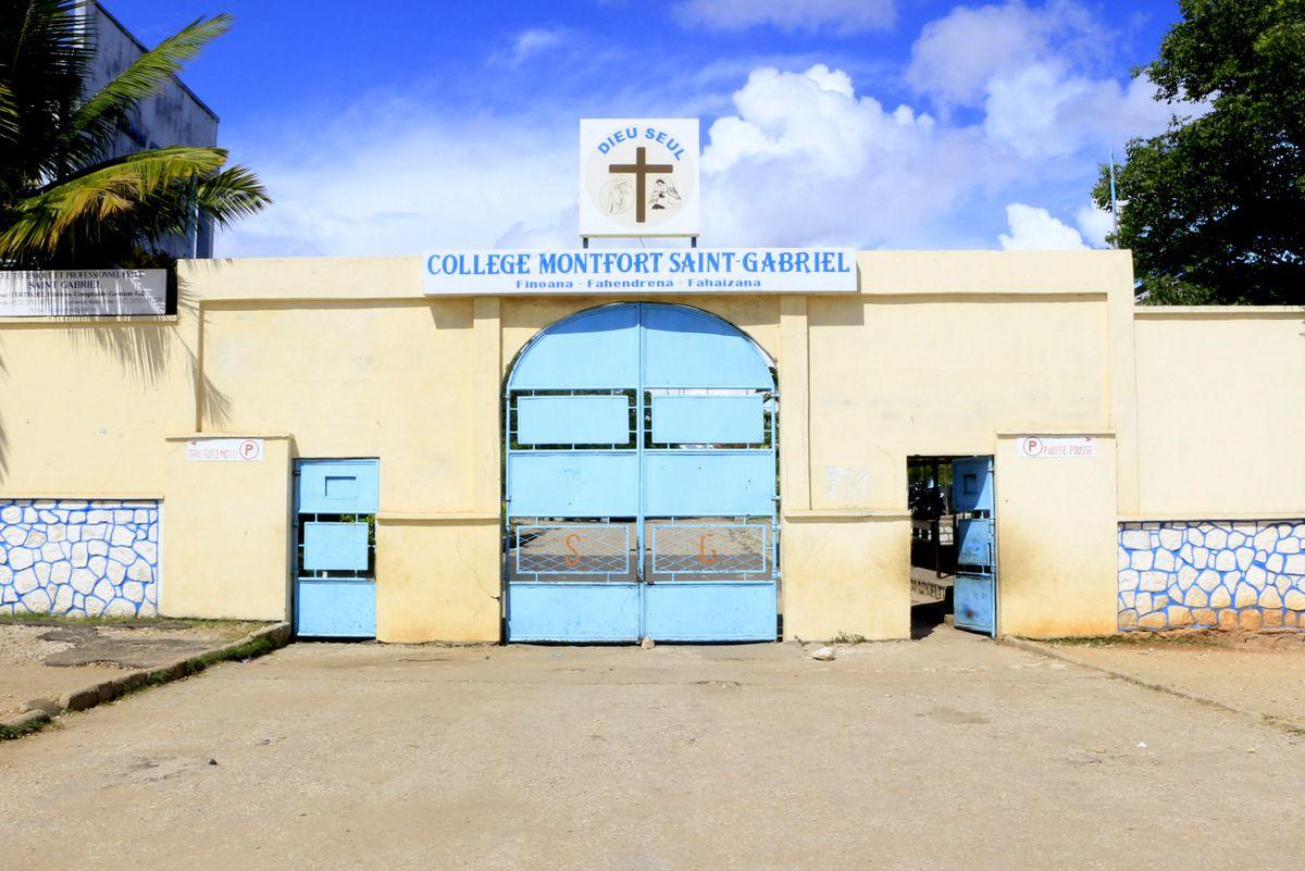 L'entrée de l'école Saint Monfort.
