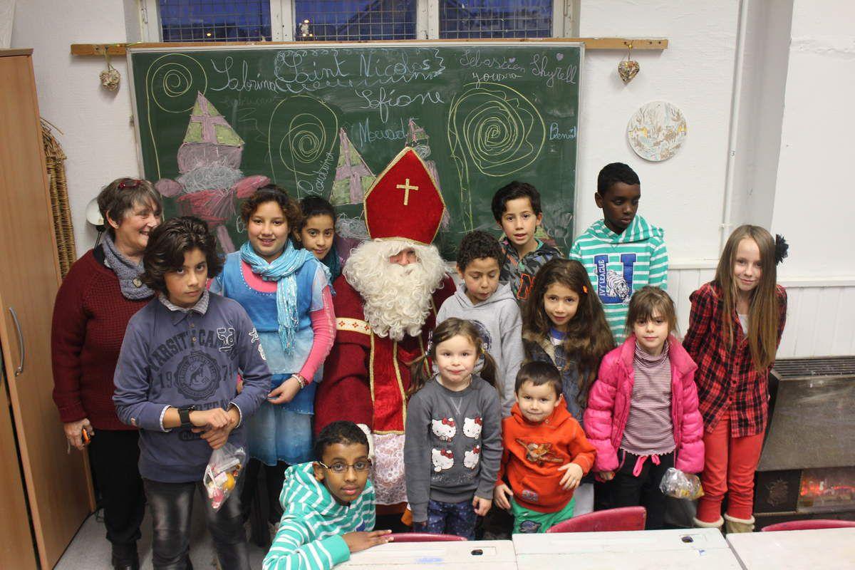 Saint-Nicolas en visite à Nivelles ce vendredi 28/11/2014