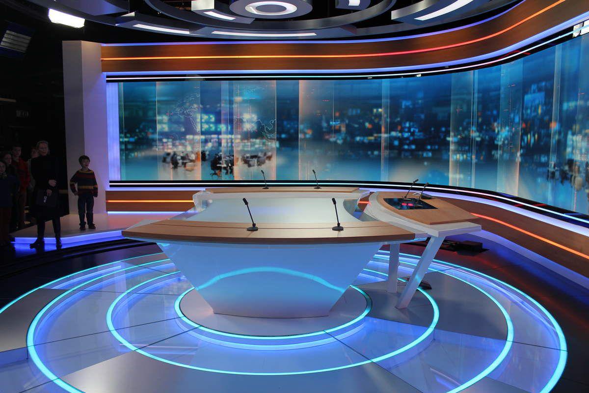 Nouveau plateau journal télévisé de RTL.