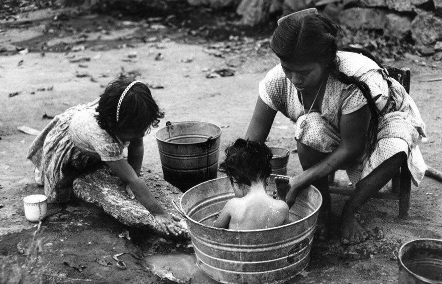 Forgotten photo of mothers