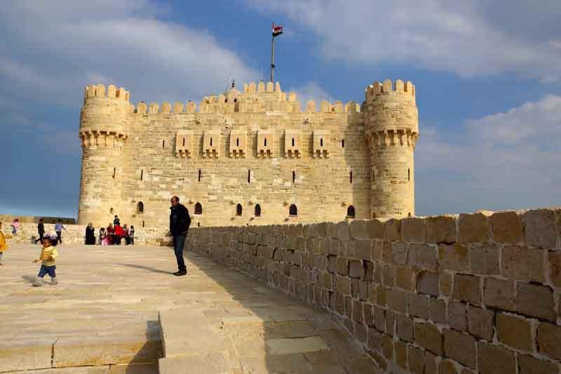 La citadelle de Qaitbay Alexandrie, à l'exact emplacement du phare d'Alexandrie 7ème merveille du monde