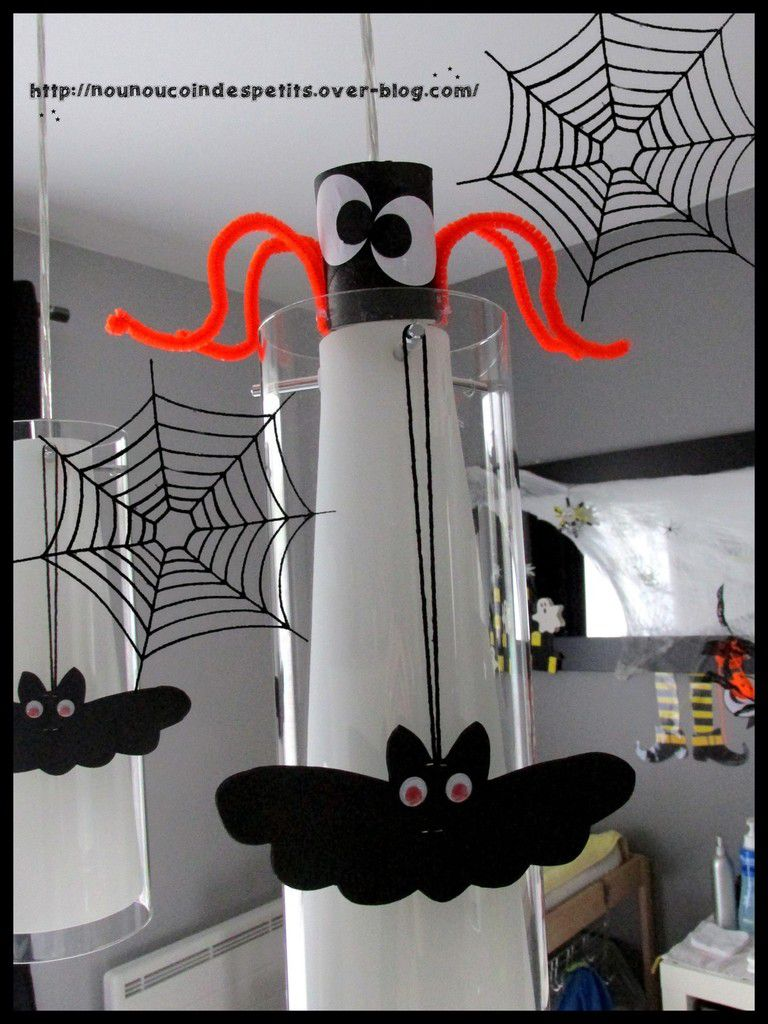 deco halloween avec rouleau papier wc. Black Bedroom Furniture Sets. Home Design Ideas