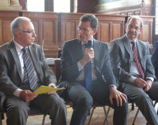 De gauche à droite: Jacques JP Martin, Maire de Nogent sur Marne- Laurent Lafon, Maire de Vincennes et Jean-Pierre Spilbauer, Maire de Bry sur Marne. tous les trois membres de l'ACTEP.