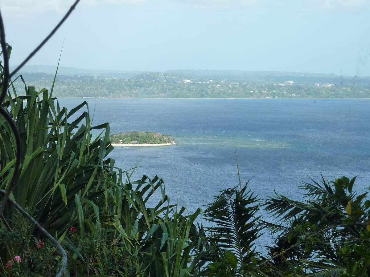 The Summit un superbe jardin sur les hauteurs d'Efaté où la végétation est luxuriante, la vue époustouflante