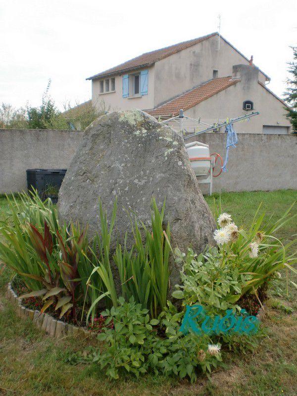 Menhir de la Pierre Pointue ou du Petit Paimboeuf, Paimboeuf