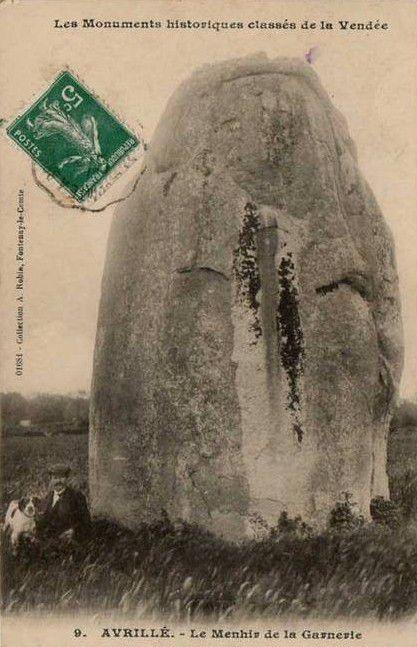 Menhir de la Garnerie, Avrillé