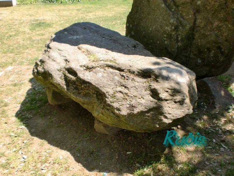Dolmen trilithe ou des Trois Pierres ou du Prieuré, Saint Nazaire