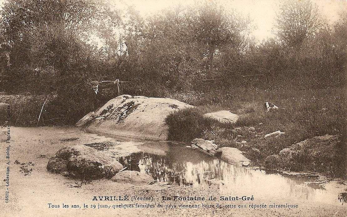 Fontaine de saint Gré et son menhir renversé, Avrillé