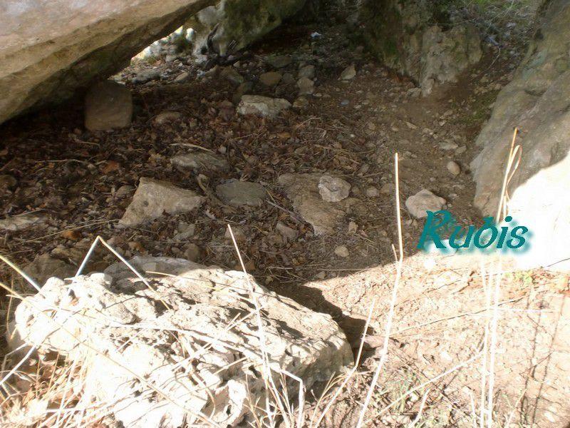 Dolmen de la Pierre Levée de Loubressac ou de la Pierre Pèse ou de la Pierre Levée, Mazerolles