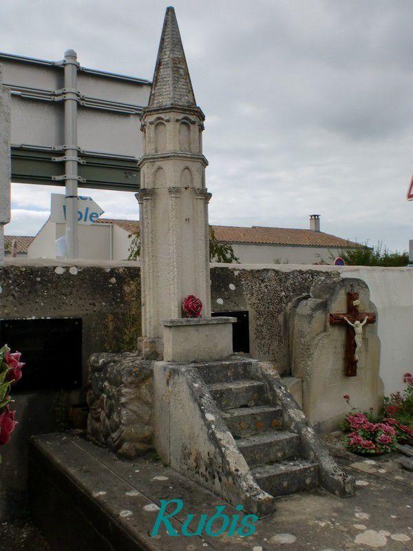 Lanternes des morts de Charente Maritime (17)