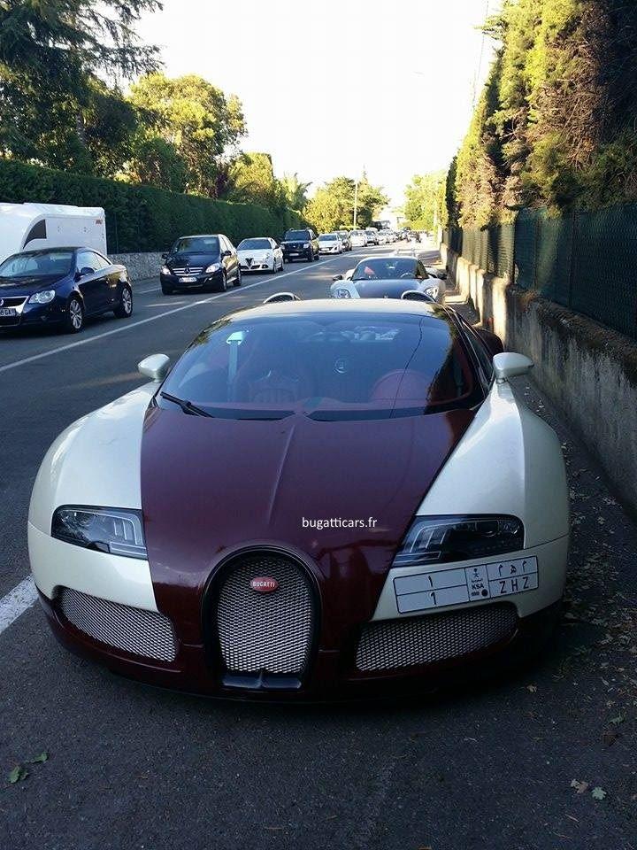 Bugatti Grand Sport à Cannes