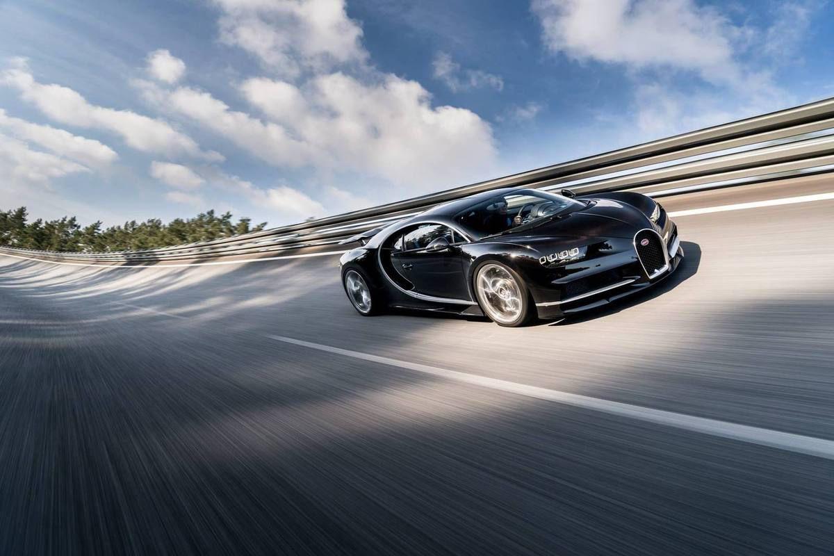 informations et photos officielles de la bugatti chiron - bugatticars