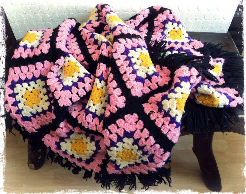 plaid couverture crochet vintage carlita vintage shop. Black Bedroom Furniture Sets. Home Design Ideas