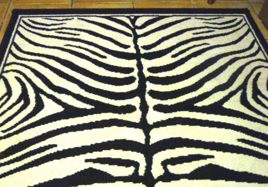tapis zbre tapis zebra conforama tapis zbre tapiszebre. Black Bedroom Furniture Sets. Home Design Ideas