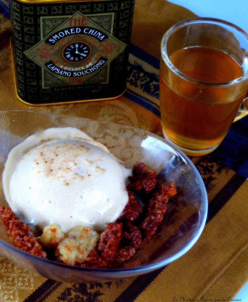 Chiboust au thé fumé, poires et croustillant au chocolat en verrine pour la Bataille Food