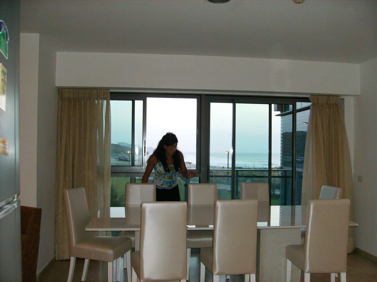 APT3 for rent spacious 2 bedrooms apartment at okeanosbamarina with great sea and beach view