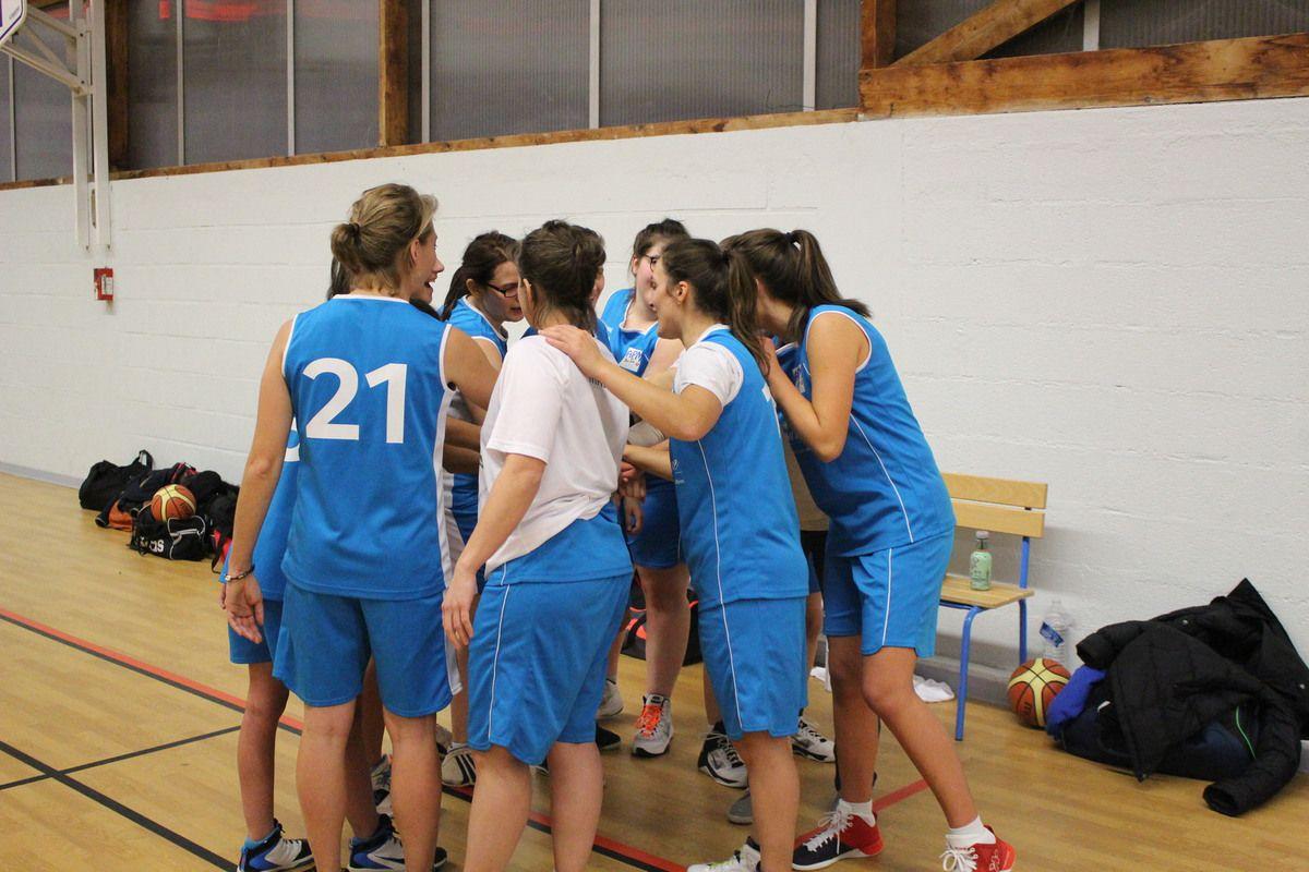26/11/ seniors filles vs La Membrolle