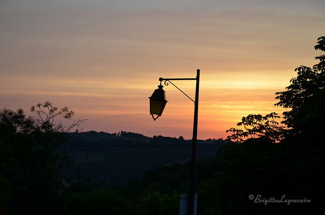 Un coucher de soleil de Clermont-Soubiran.