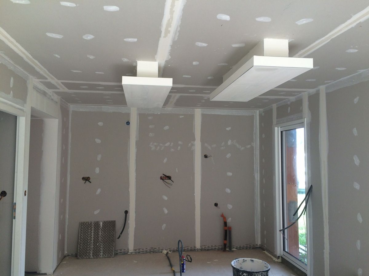 Plafond d co plafond ruban led descente sur ilot for Installer ruban led plafond