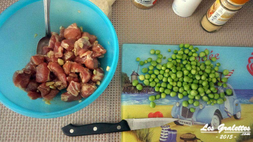 Faire mariner le porc dans la sauce soja