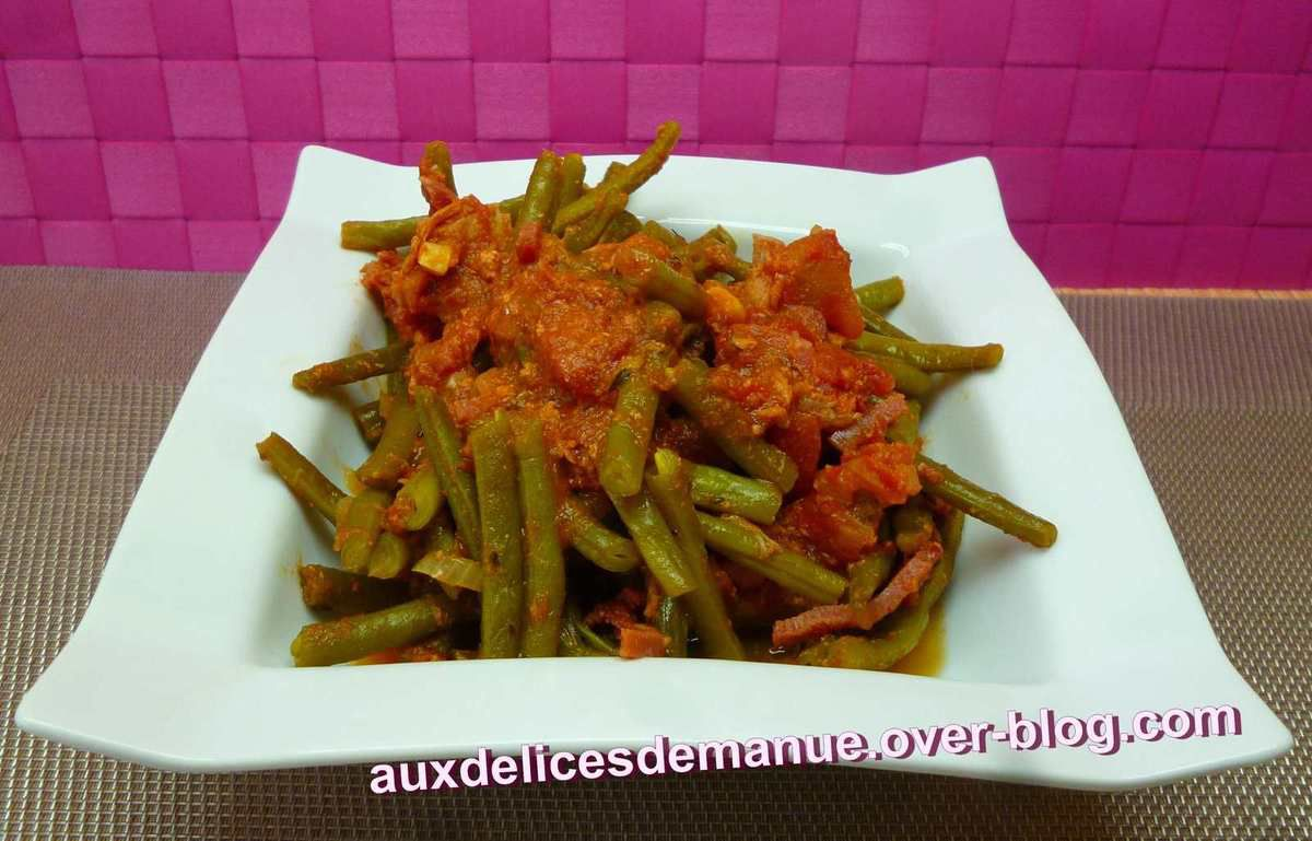 haricots verts la tomate thon et bacon auxdelicesdemanue. Black Bedroom Furniture Sets. Home Design Ideas