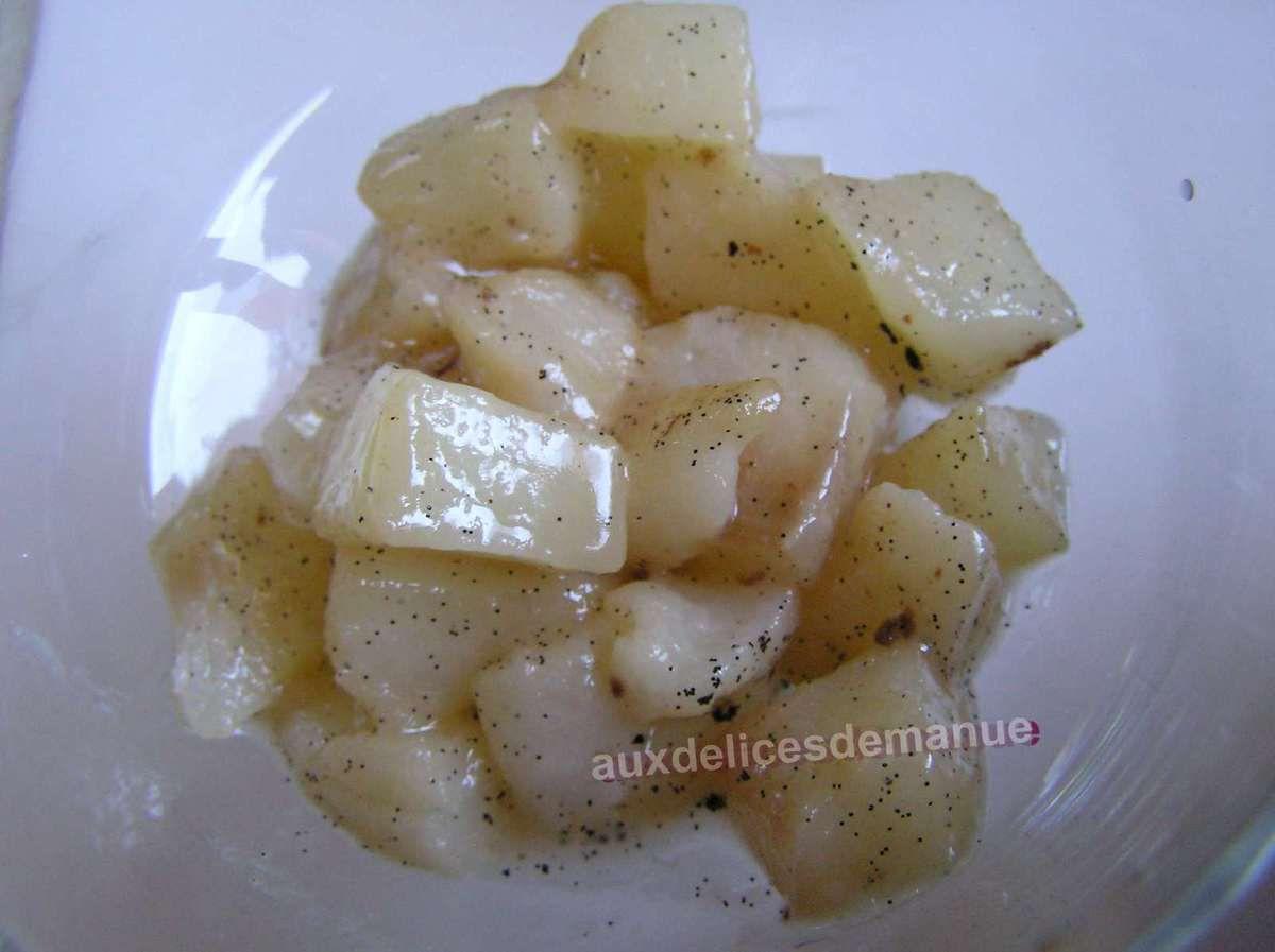 poires poêlées au beurre vanillé et chantilly vanille