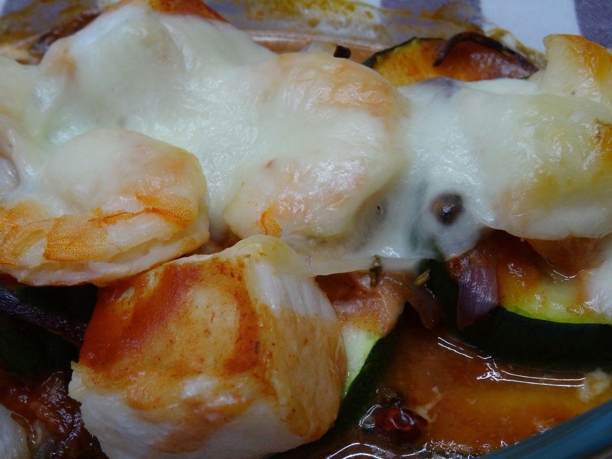 cabillaud et crevettes à la mozzarella sur lit de courgettes -LIGHT-
