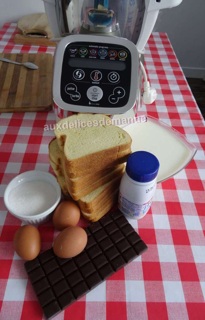 Gâteau de brioche à la crème au chocolat