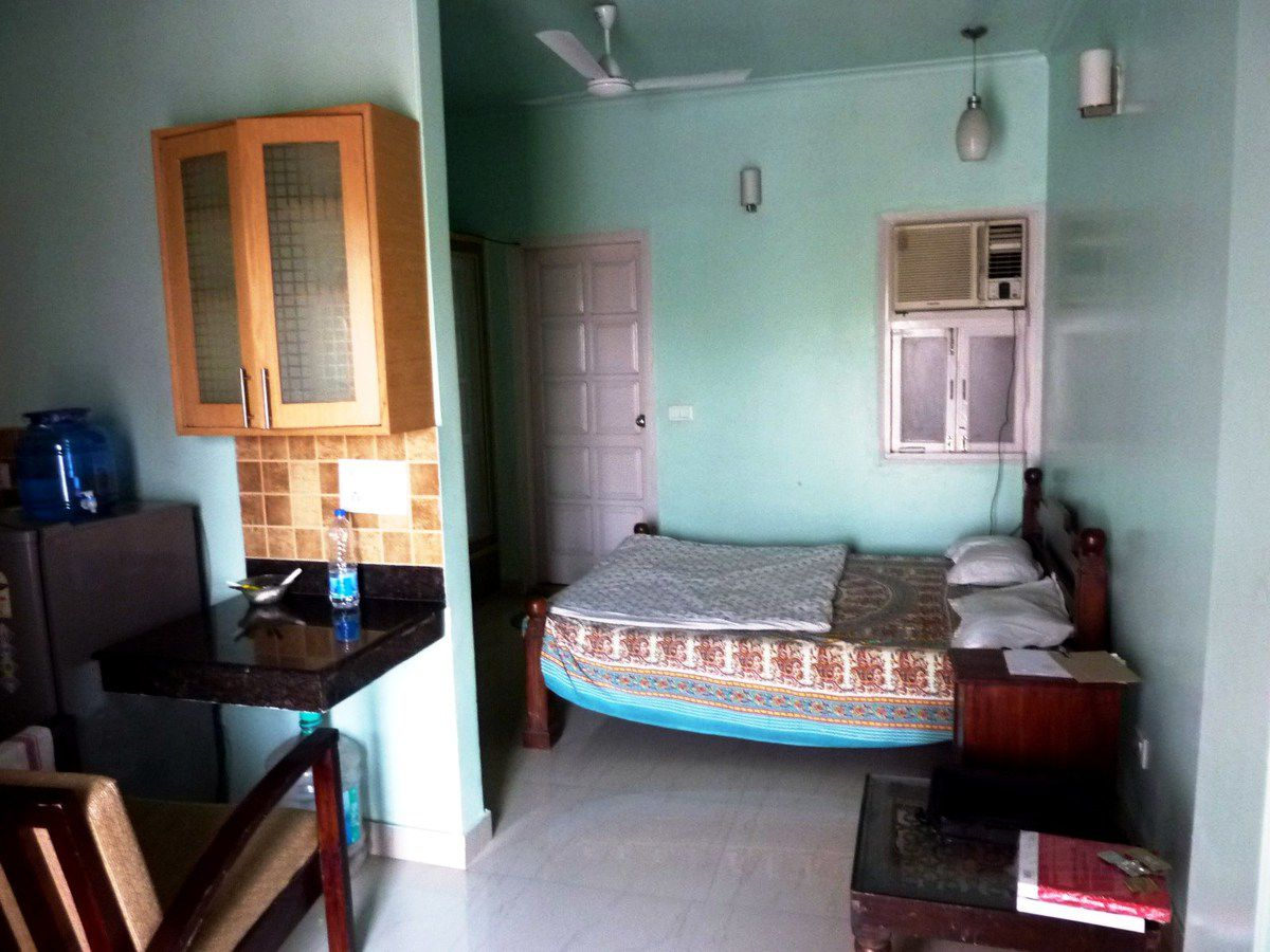 For Rent Hauz Khas Village Charming Fully Furnished Studio Apartment Amazing View On Lake And Monuments