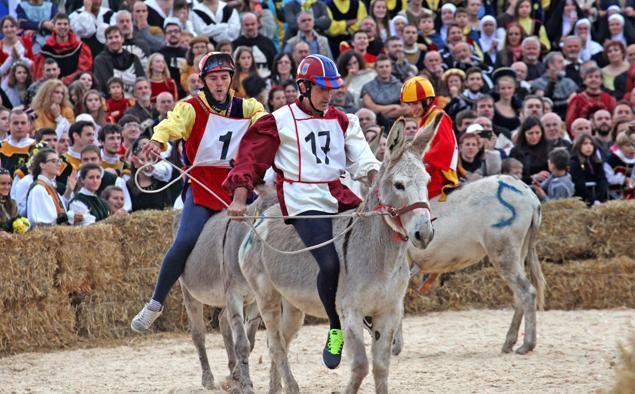 Palio degli Asini - Course des ânes le 2 octobre 2016 à Alba Piémont !