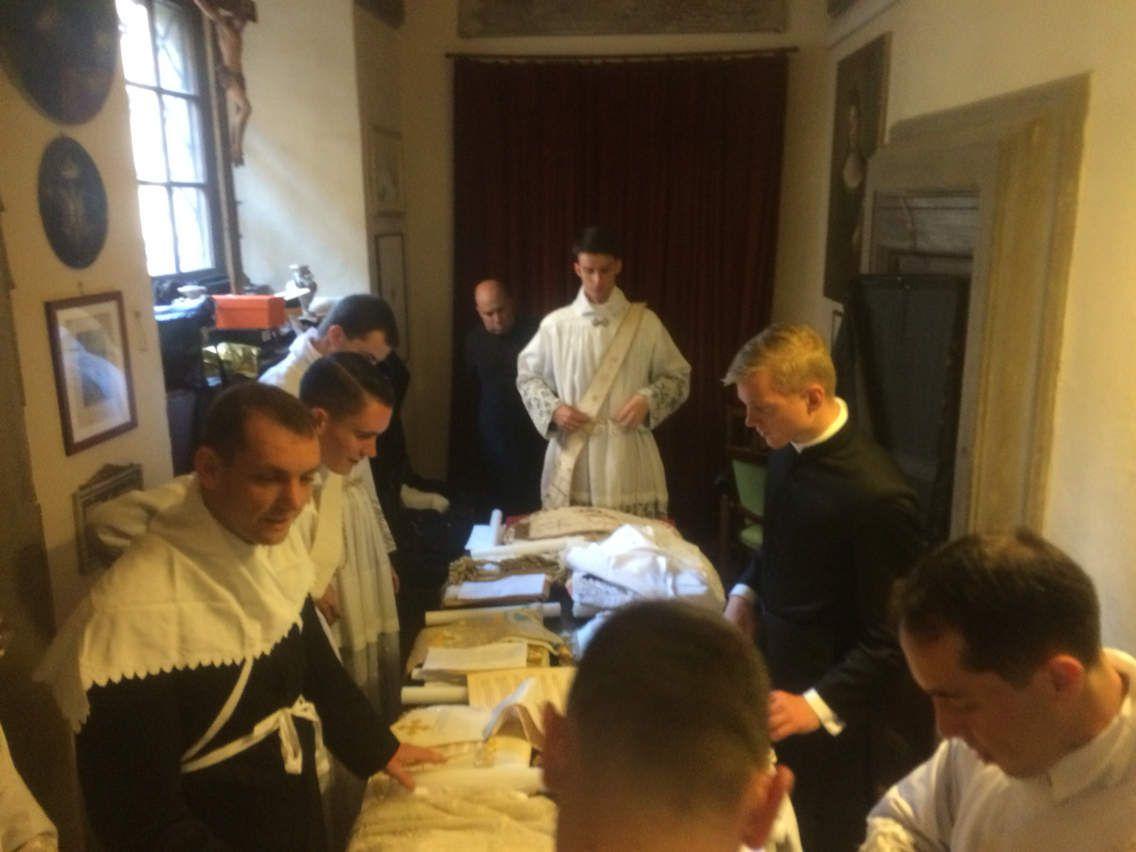 Ordinations à Gricigliano ce 7 juillet 2016