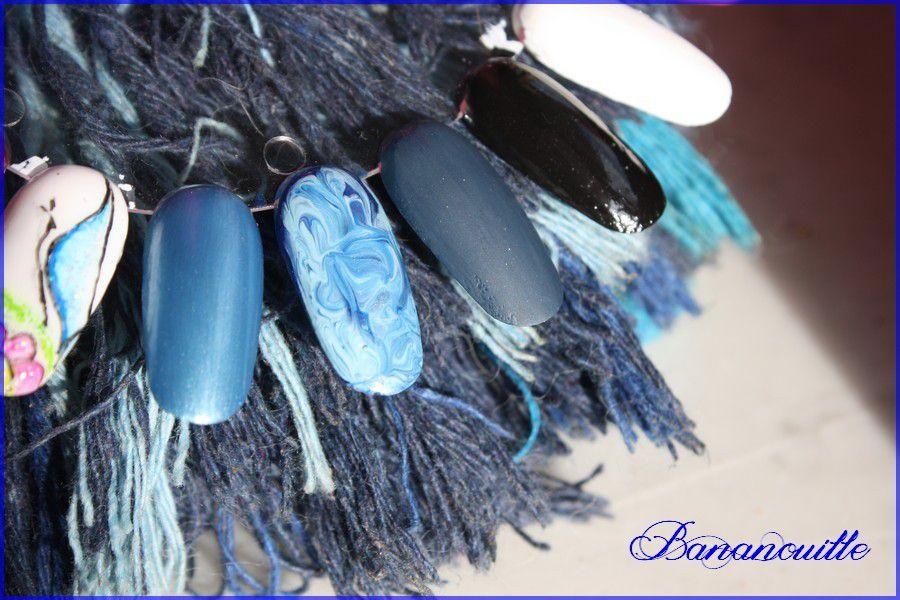 Nail Art &quot&#x3B;marbré bleu&quot&#x3B;