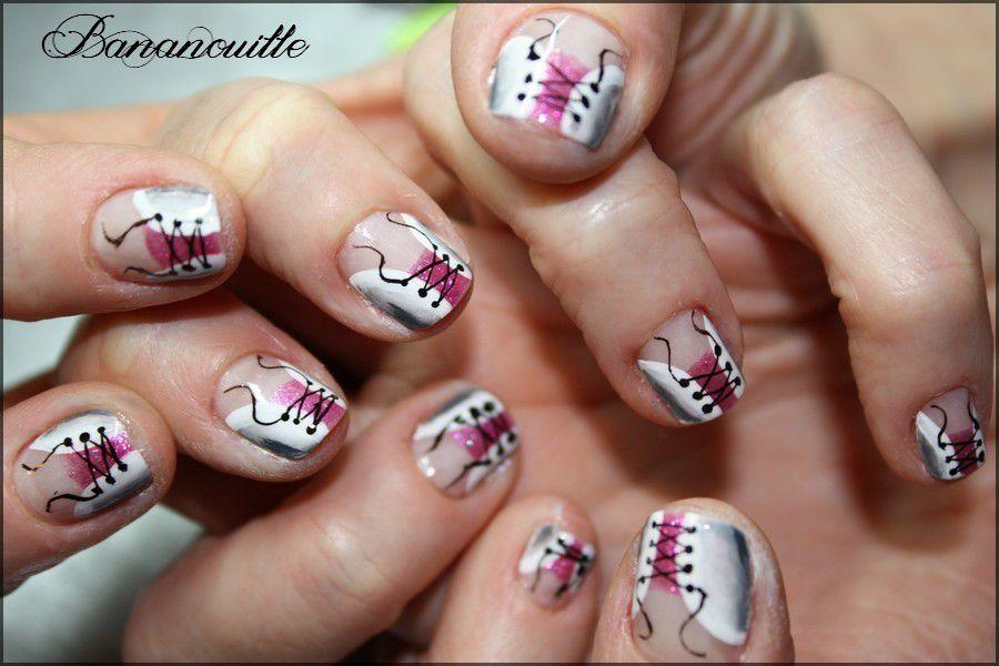 Nail Art &quot&#x3B;Corset one stroke sur mimines&quot&#x3B;