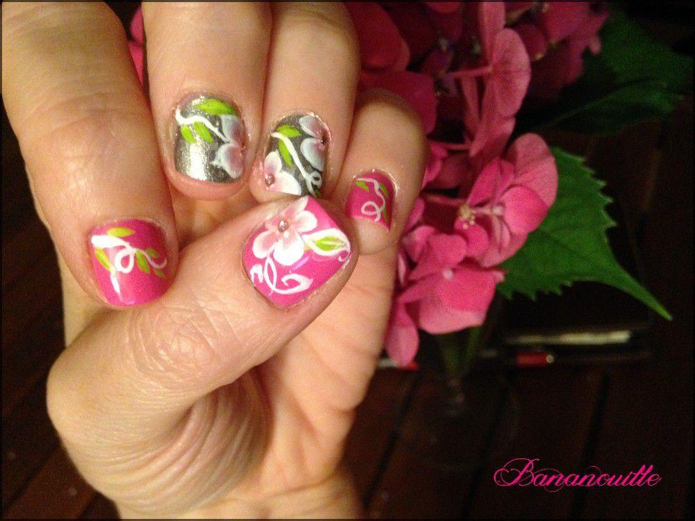 Nail Art &quot&#x3B; fleurs &amp&#x3B; lierre&quot&#x3B;
