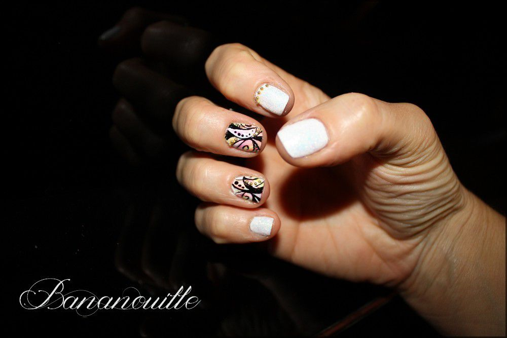 Nail Art &quot&#x3B;psychédélique&quot&#x3B;