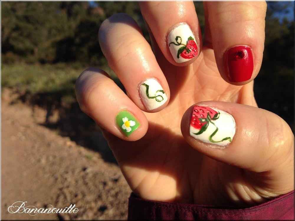 Nail Art &quot&#x3B; fraises des bois&quot&#x3B;