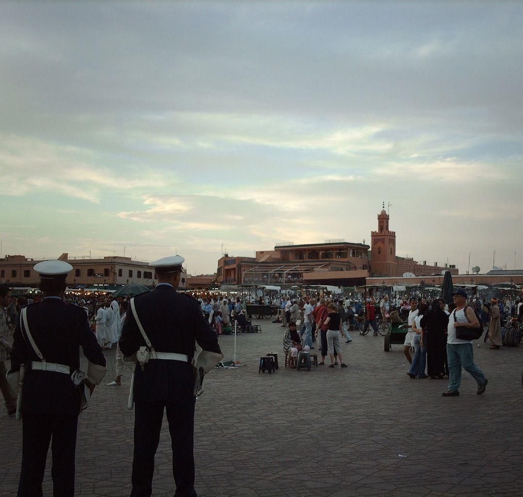 (2006)